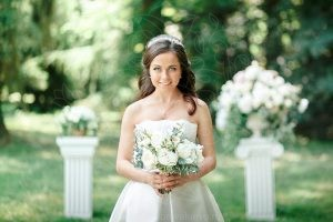 Сборы невесты на природе
