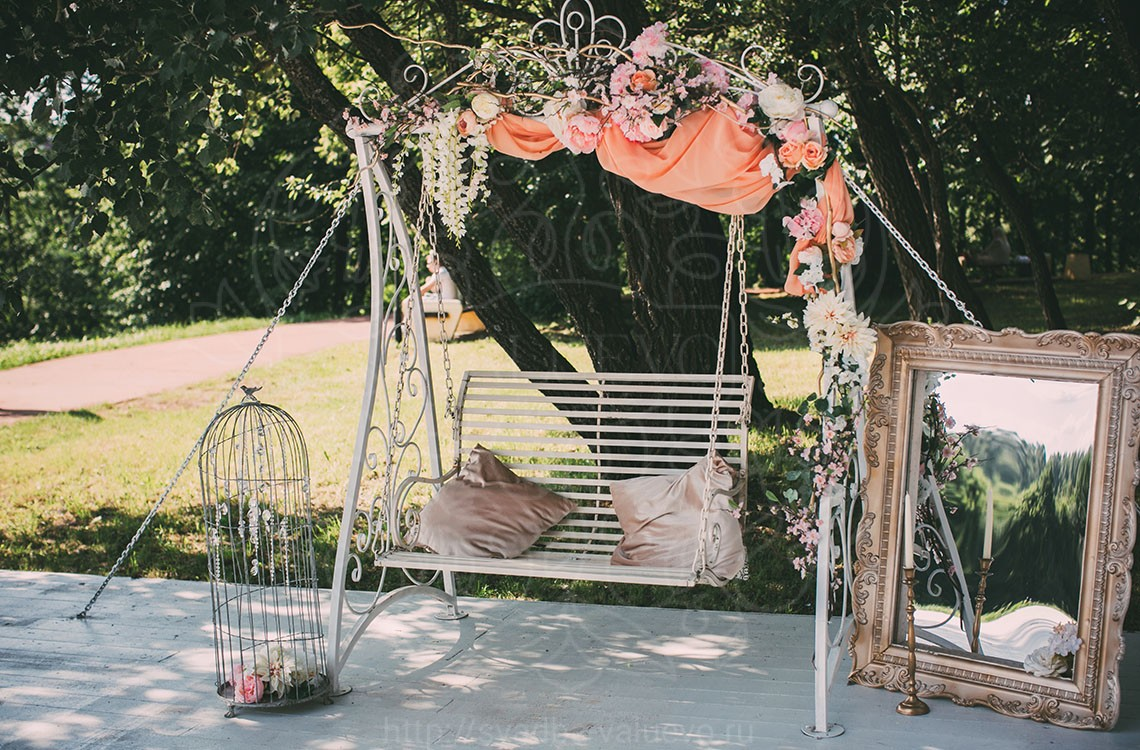 Свадебные качели шатер у грота