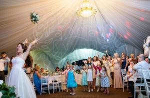 Полёт букета невесты