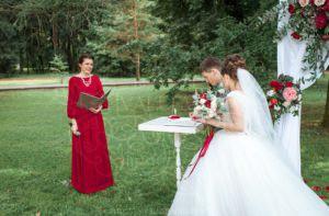 Выездной регистратор брака в усадьбе Валуево