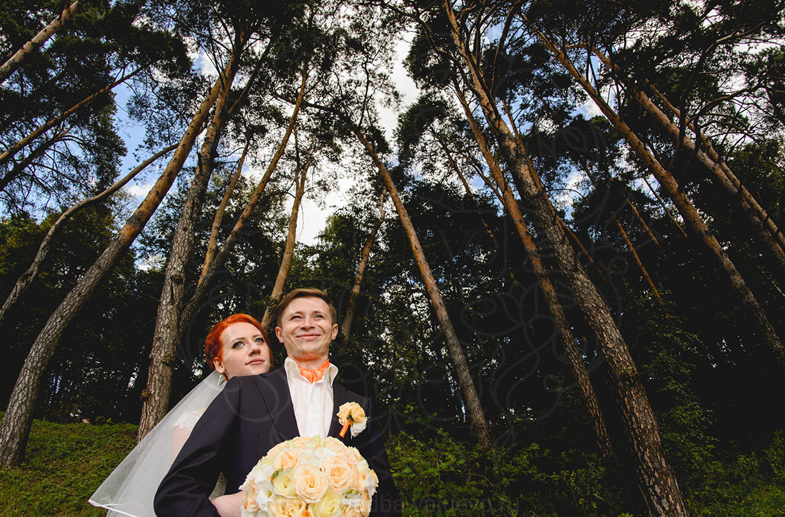 Оранжевая свадьба в усадьбе