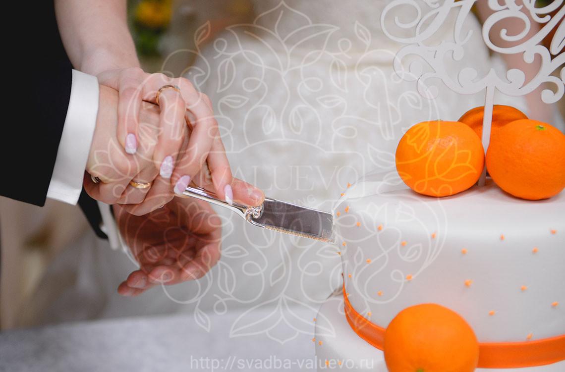 Свадебный торт с апельсинами