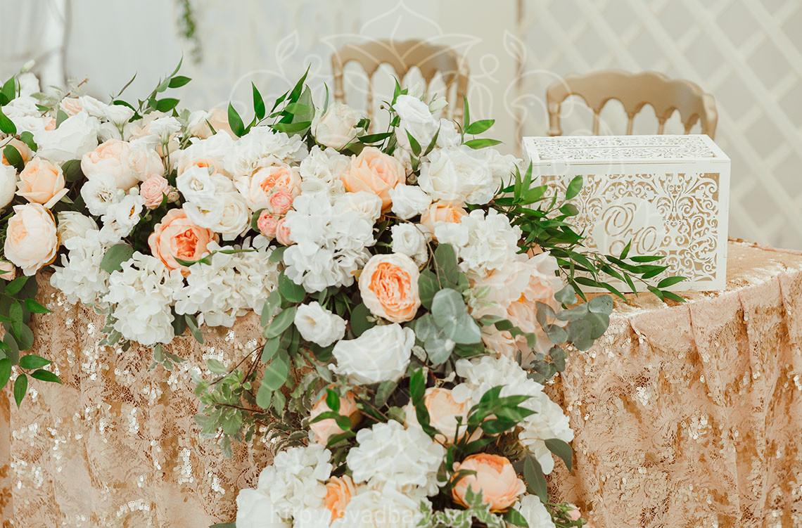 Оформление шатра для свадьбы